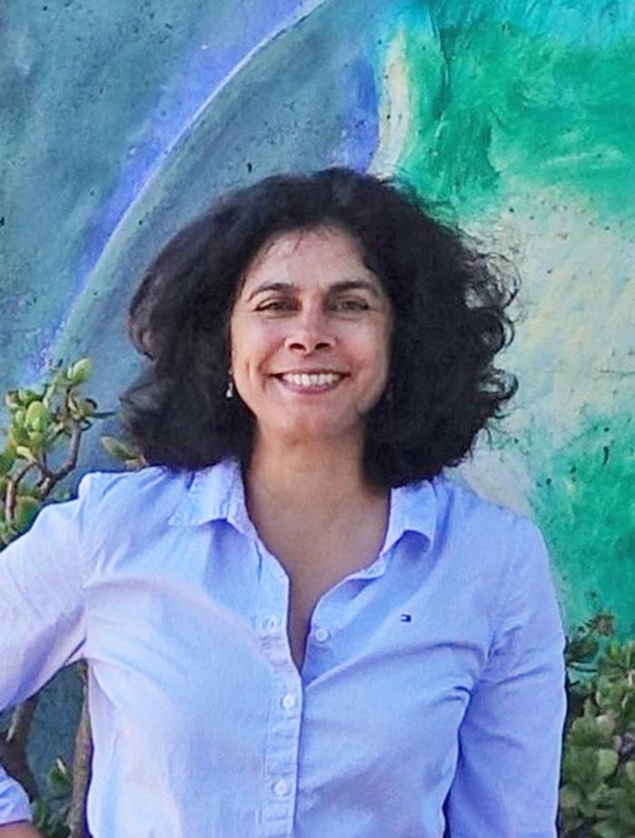 About SAAC - Board Member Kamala Visweswaran headshot
