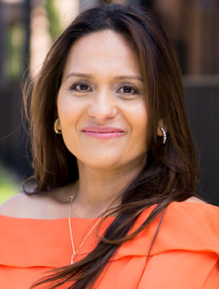 jolly desai headshot